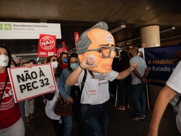 2021 10 05 mobilizacao aeroporto brasilia pec 32 2