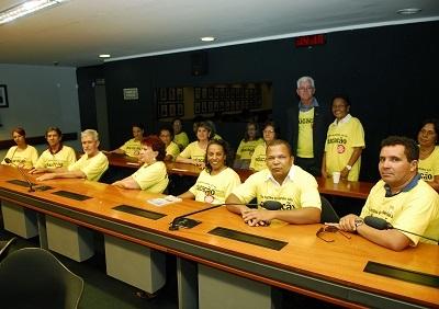 CNTE mobiliza educadores na Câmara pelos royalties*